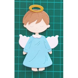 Aniołek stojący chłopiec