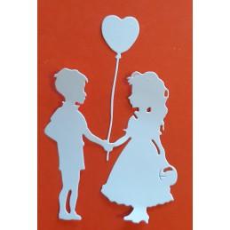Dzieci z balonikiem serce